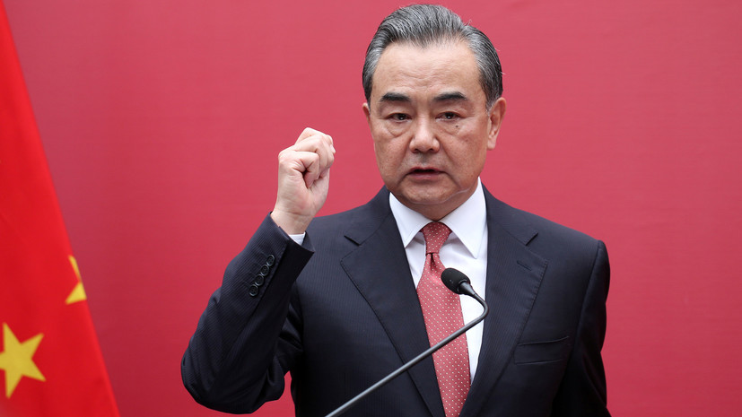 В МИД Китая заявили о невмешательстве Пекина во внутренние дела США