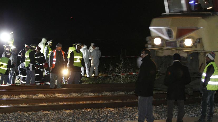 В Марокко при сходе поезда с рельсов пострадали около 100 человек