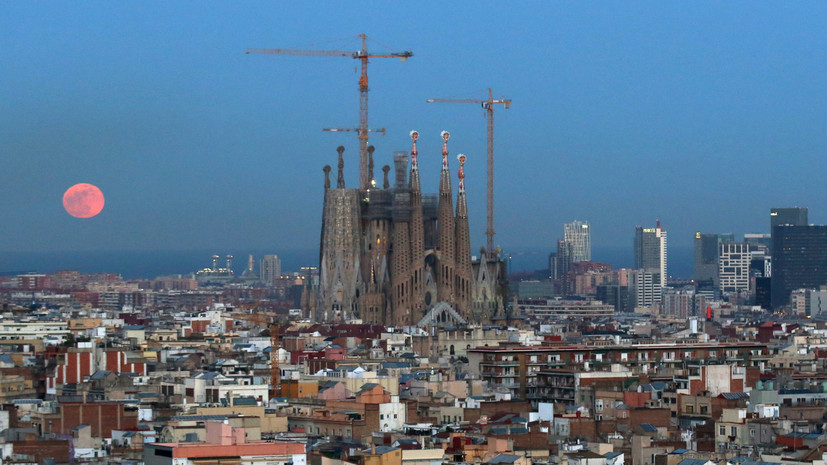 Саграда Фамилия заплатит властям Барселоны за 133 года строительства без лицензии