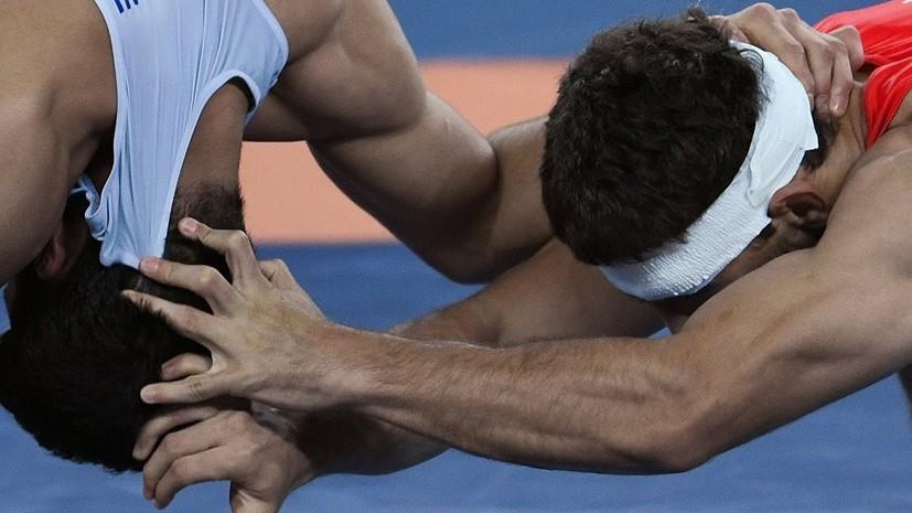 Россияне Куруглиев и Хизриев проиграли схватки за бронзу на ЧМ по вольной борьбе