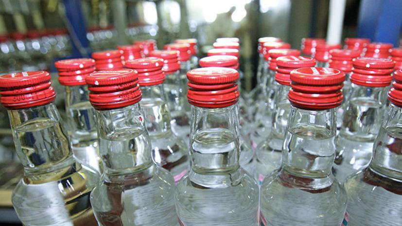 СМИ: Продажи водки в России выросли на 10% в январе-августе