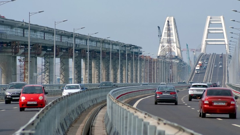 Более 3 млн автомобилей проехало по Крымскому мосту