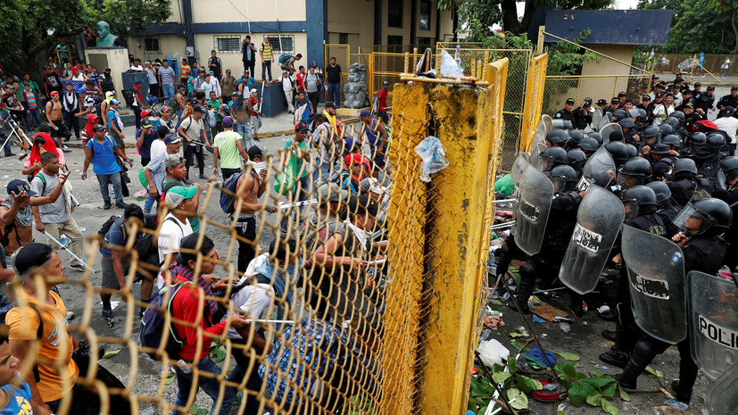 СМИ сообщили об отправке 5 тысяч военных на границу США с Мексикой
