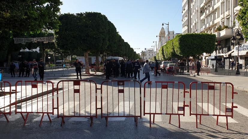 МИД России призвал туристов в Тунисе проявлять бдительность