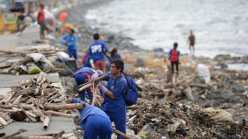 Более 20 человек оказались под завалами на Филиппинах из-за схода оползня