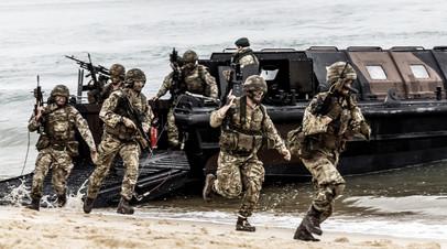 Высадка морского десанта на учениях Trident Juncture 2015