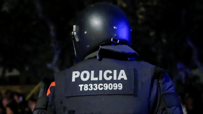 В Барселоне полицейские ищут взрывчатку на железнодорожных путях