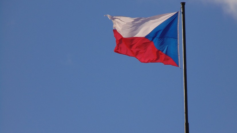 В МИД Чехии заявили о намерении страны отступить от соглашения ООН по миграции