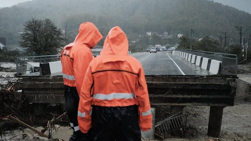 При обрушении моста под Воронежем пострадали шесть человек