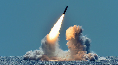Пуск баллистической ракеты Trident II с подводной лодки класса «Огайо»