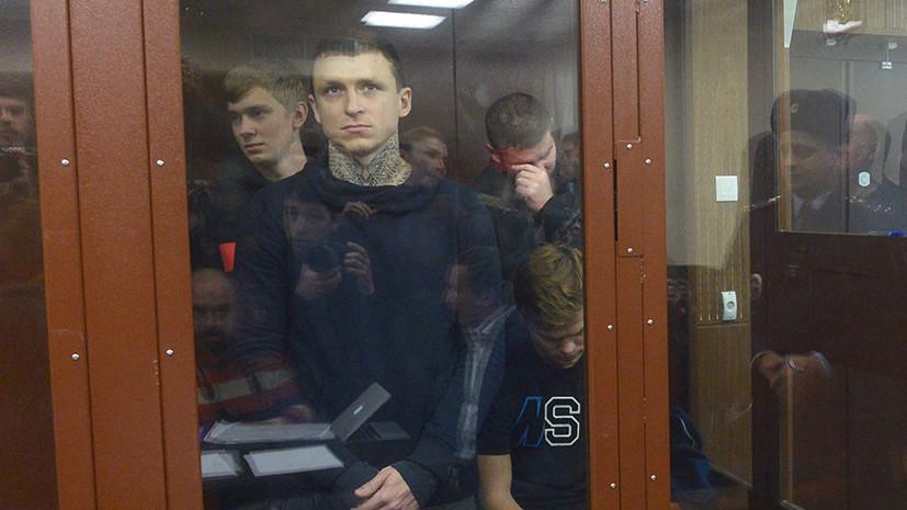 «Следствию ещё есть над чем работать»: как в России отреагировали на продление ареста Кокорина и Мамаева