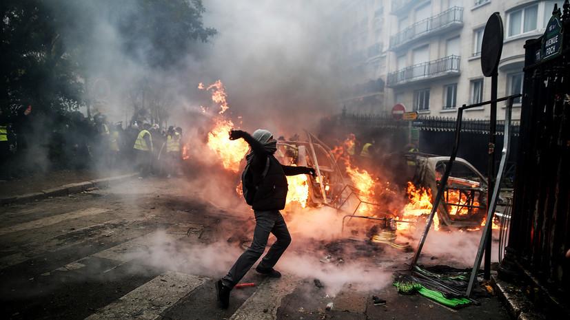 «Раньше нам так не показывали события»: пользователи соцсетей благодарят RT за освещение протестов во Франции