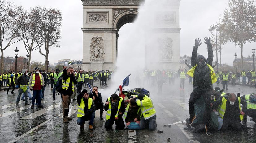 Во Франции заявили о попытках свергнуть власть с помощью «жёлтых жилетов»