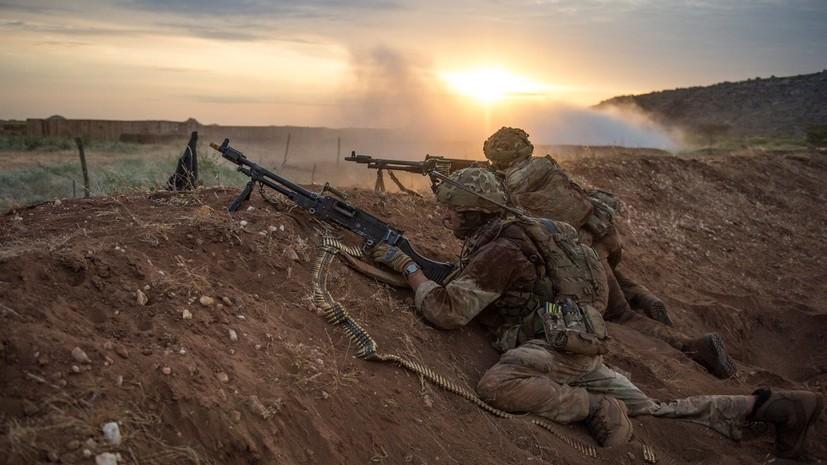 Британия намерена усилить военное присутствие в Эстонии