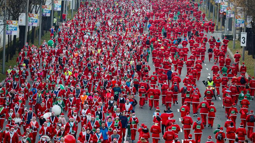 Более 7 тысяч человек в Мадриде приняли участие в забеге Санта-Клаусов
