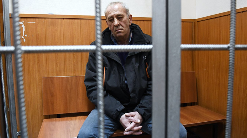 Прокурорпопросил осудить на 5 лет въехавшего в переход в Москве водителя