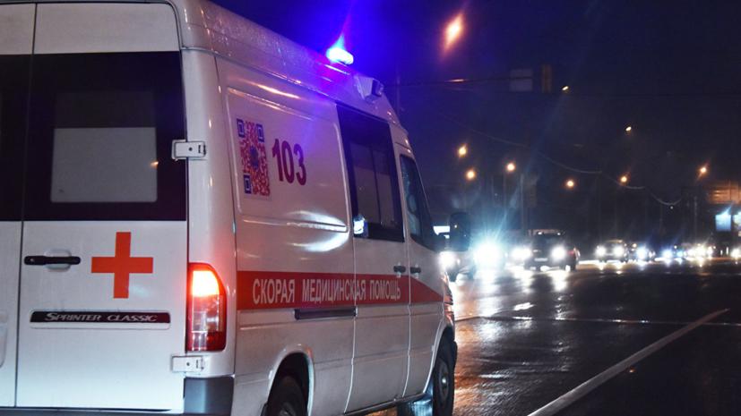 В Псковской области в ДТП с микроавтобусом пострадали семь человек