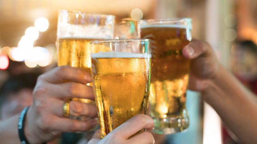 СМИ: Минкомсвязи поддержало законопроект о послаблениях для рекламы пива