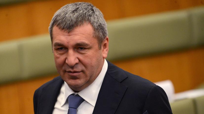 Вице-губернатор Петербурга готов уйти в отставку из-за скандала с дольщиками