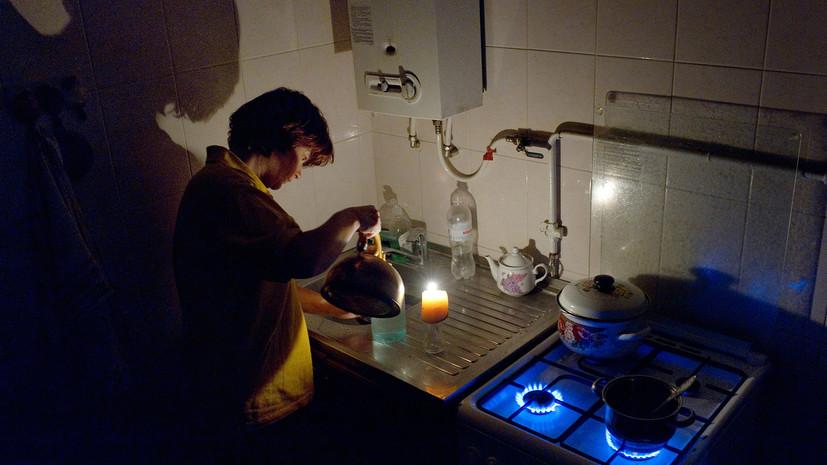 НаУкраине более 100 населённых пунктов остались без света из-за непогоды