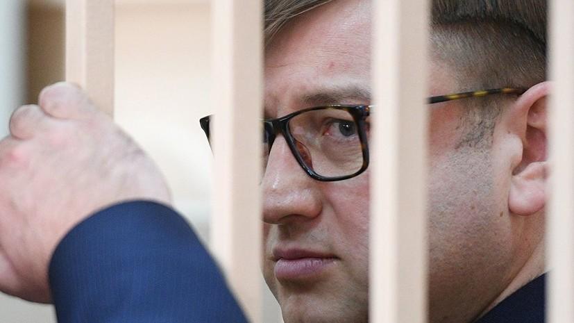 Бизнесмен Михальченко получил почти 5 лет колонии за контрабанду элитного алкоголя
