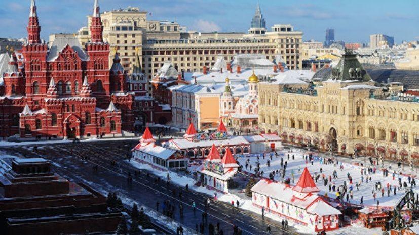 Власти Москвы призвали не пить алкоголь на Красной площади в Новый год