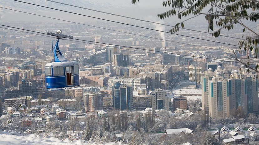В Казахстане спасатели ищут заблудившегося в горах россиянина