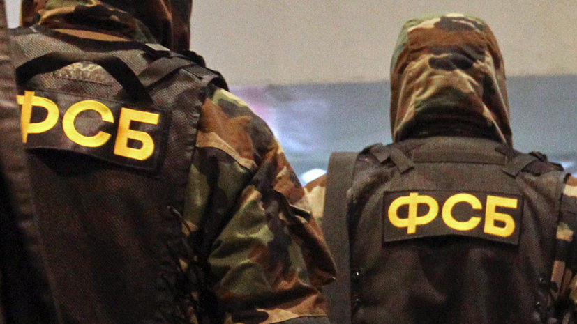 В Севастополе сотрудники ФСБ обнаружили подпольную оружейную мастерскую