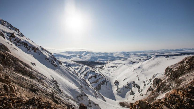 Спасатели извлекли из-под снега последнего из попавших под лавину в Хабаровском крае