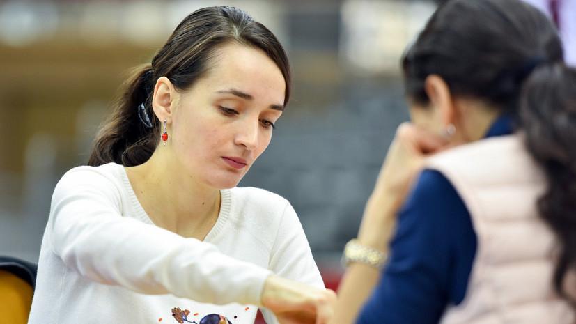 Россияне среди лидеров: Артемьев и Лагно делят первые места на чемпионате мира по шахматному блицу