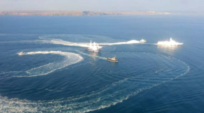 Фото инцидента в Керченском проливе