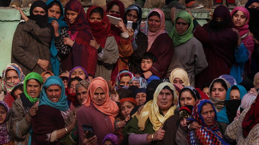 В Индии женщины выстроились живой стеной длиной 620 км ради равенства