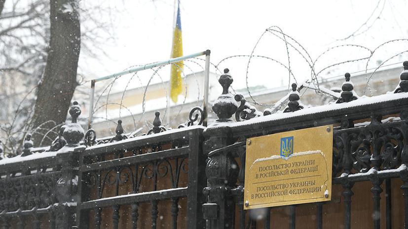 «Лишили миллионы людей права голосовать»: почему украинские власти закрыли избирательные участки на территории России