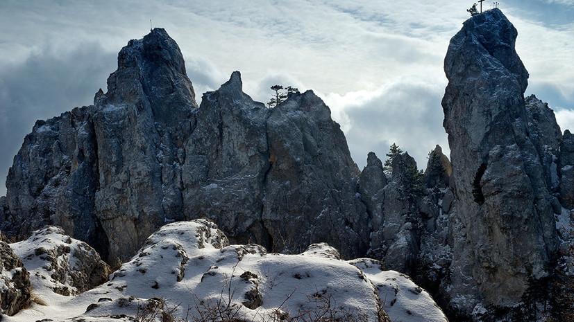МЧС предупредило об опасности схода лавин в горах Крыма