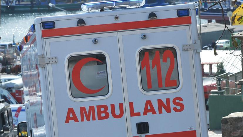 При крушении судна у берегов Турции погибли шесть человек