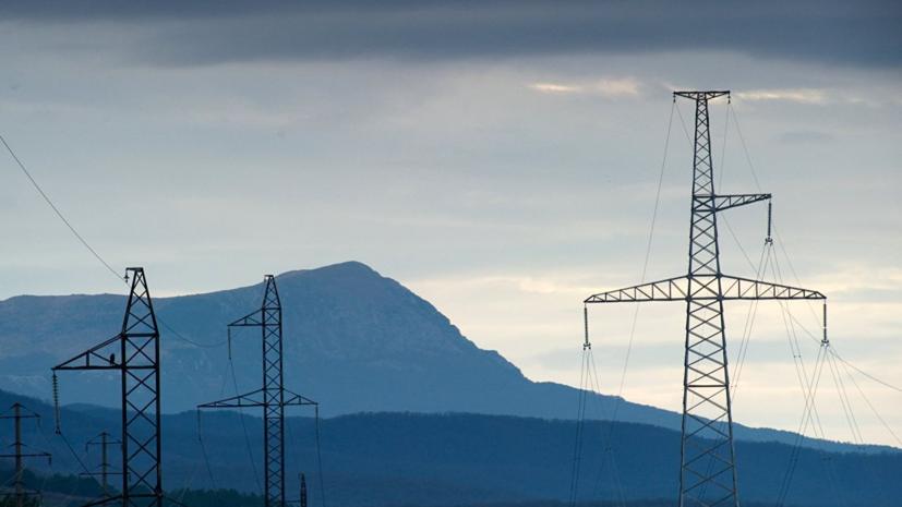 Жители 17 крымских сёл остались без электроэнергии из-за непогоды