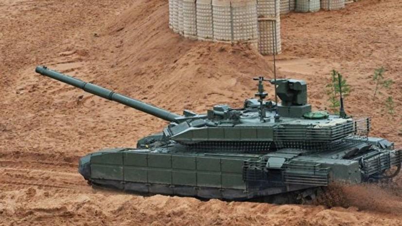 Более 450 единиц бронетехники поступит в войска России в 2019 году