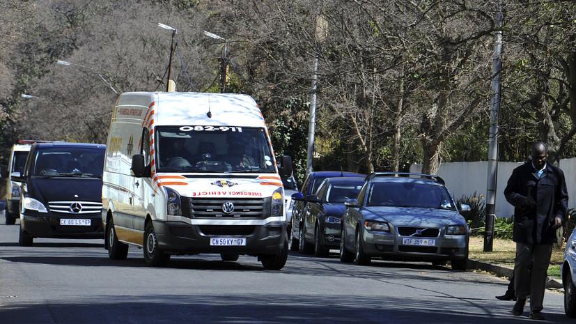 Три человека погибли и около 200 пострадали при столкновении двух поездов в ЮАР