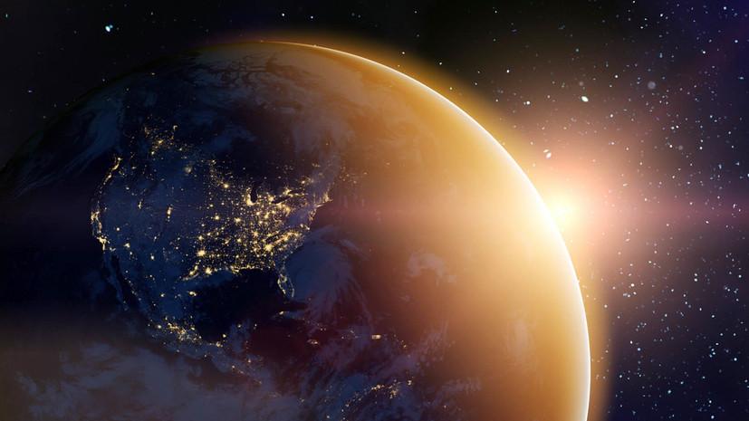 «Выработал ресурс»: в ВКС России сообщили о плановом сведении военного спутника с орбиты
