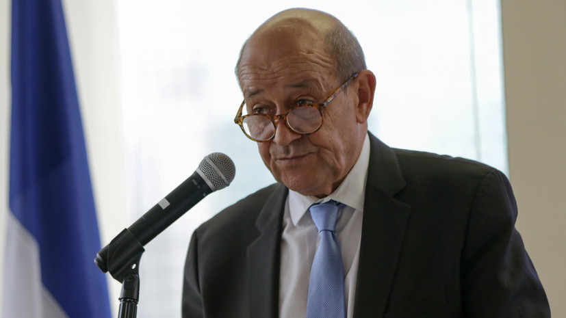 Глава МИД Франции объявил о «начале глобального диалога» в военно-морской сфере с Японией