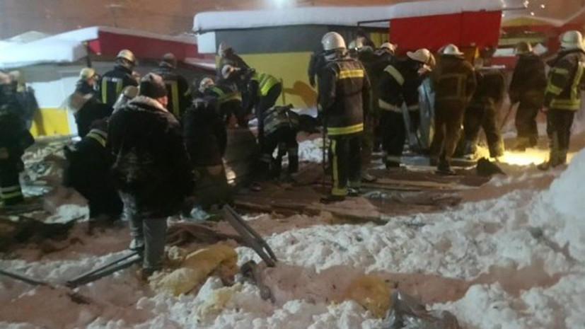 В Харькове на людей обрушилась крыша недостроенного здания