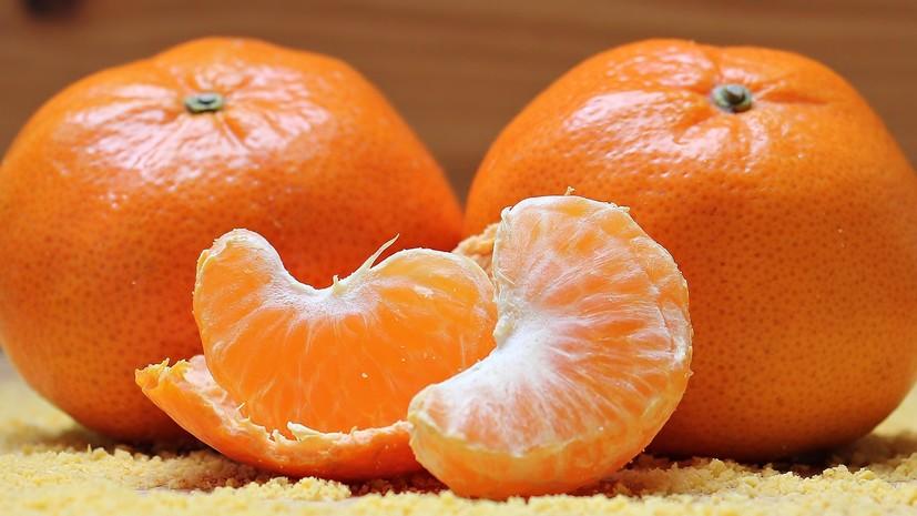 Роспотребнадзор прокомментировал сообщения о якобы заражённых гриппом мандаринах