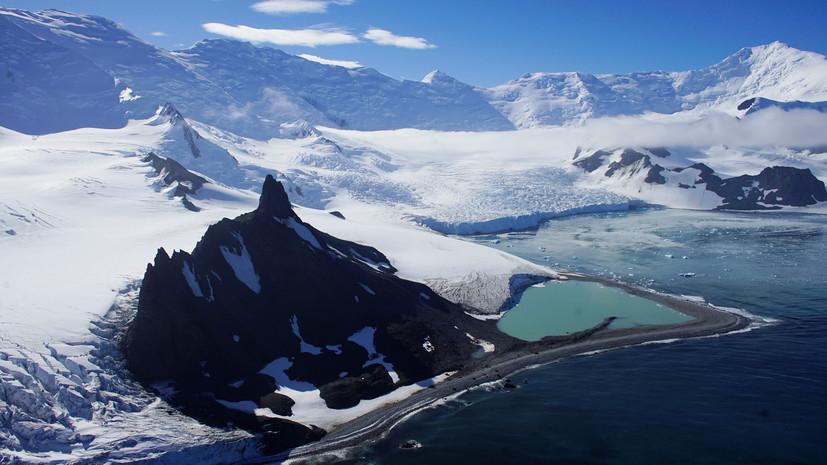 «Это лишь вершина айсберга»: ежегодная потеря массы льда в Антарктиде увеличилась за последние 40 лет в шесть раз
