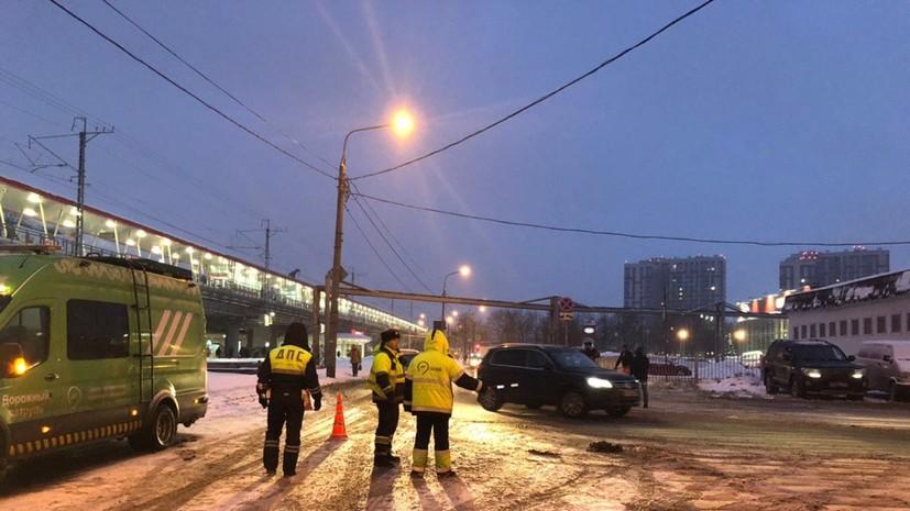 ЦОДД призвал автовладельцев избегать поездок по Дмитровскому шоссе
