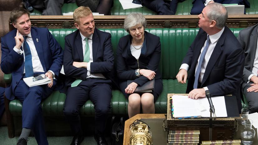 Парламент Британии проголосовал против сделки по брекситу