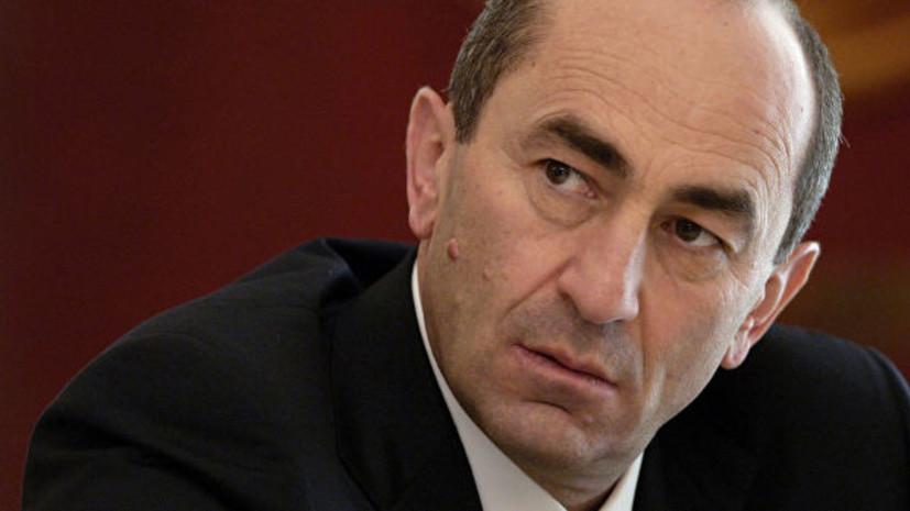 Суд в Армении продлил арест экс-президента Кочаряна