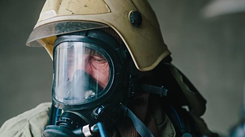 В Амурской области горит склад на площади 1250 квадратных метров