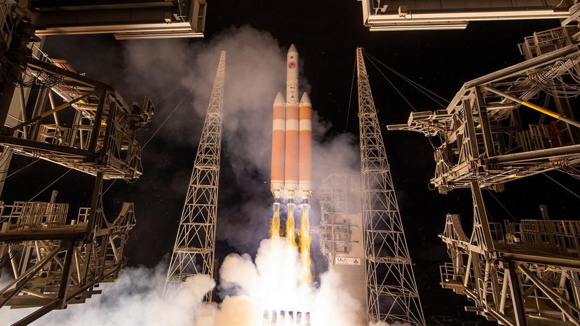 Ракета-носитель Delta IV-Heavy стартовала с космодрома в Калифорнии
