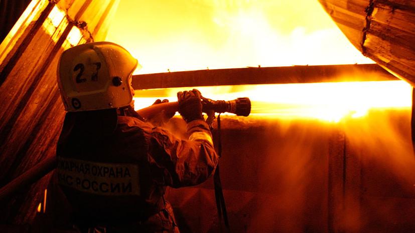 Под Петербургом произошёл крупный пожар на пилораме