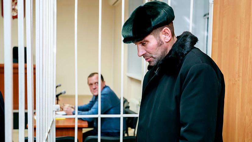 «Полностью не согласен с обвинением»: пытавшийся захватить самолёт житель ХМАО арестован на два месяца